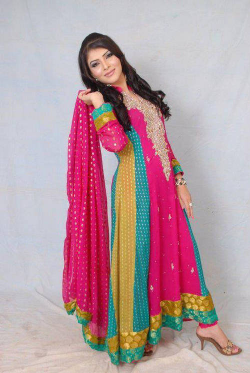 Fablous Girls World: Pakistani Fashion Designer Dresses ...