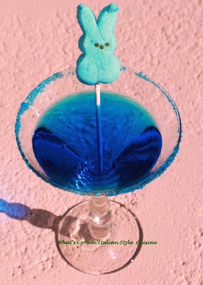 this is a fun peep cocktail for Easter