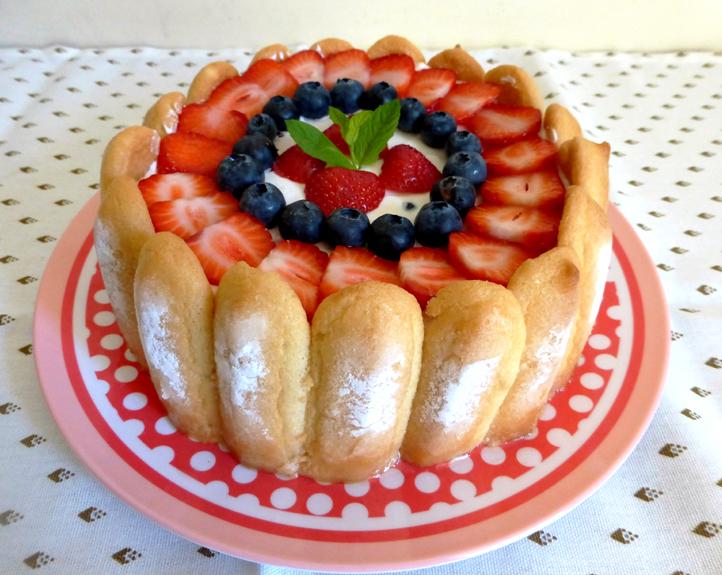 Les mets tiss s cuisine d 39 ici et d 39 ailleurs charlotte - Jeux de charlotte aux fraises cuisine gateaux ...