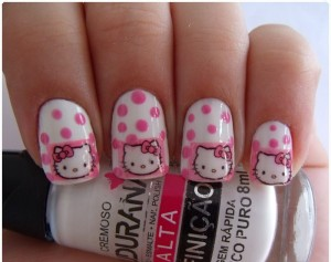Unhas diferentes Hello Kitty 2015