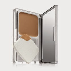Fond de Teint Compact Even Better Makeup SPF 15 Clinique Box Ambassadrice