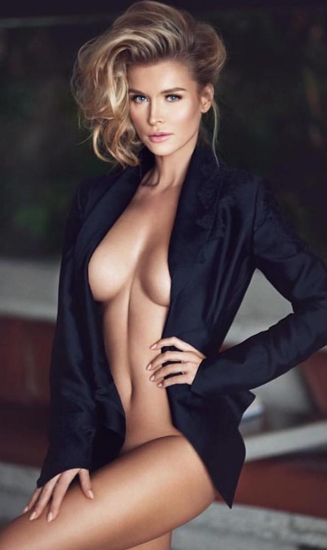 Joanna Krupa desnuda