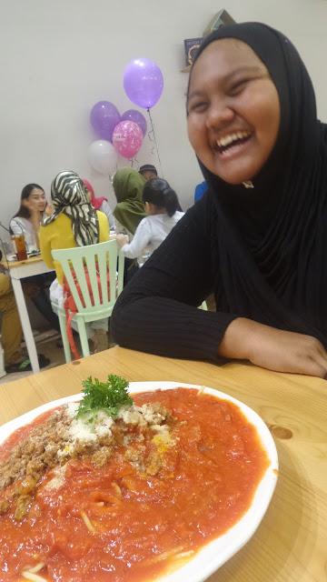 MAKAN-MAKAN DI BIG FOOD SEMPENA HARI JADI