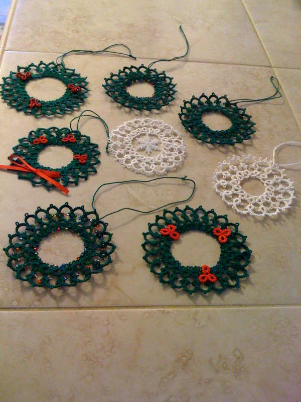 'New to Me': Tatting from Christmas pass...