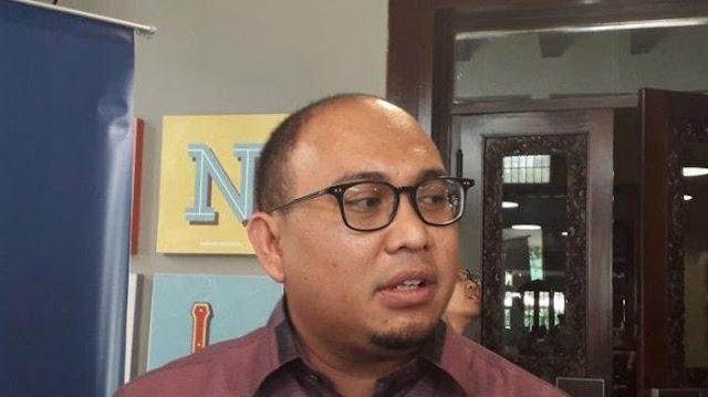 Jubir Prabowo: Ini Era Milenial, Genderuwo Cuma Mitos