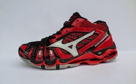 Sepatu Mizuno Wave Tornado 8 Mid Men   Grosir Sepatu Murah d5c0190a35