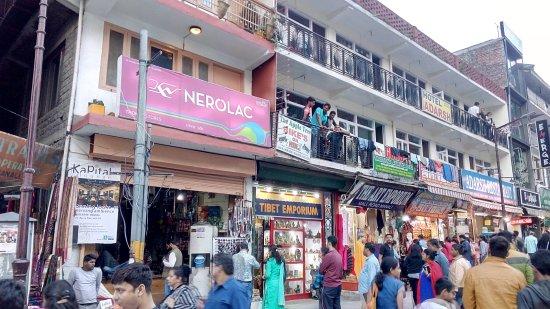 Shop at Manu Market
