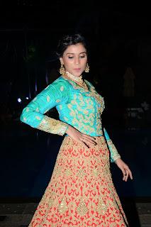 manara chopra fashion show photos