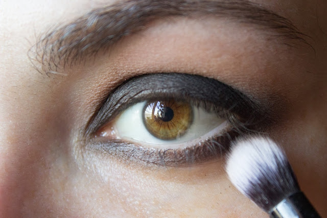 fast matte smoky eyes: step 7