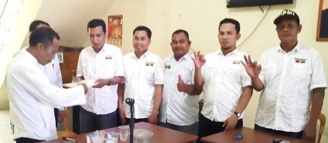 Ome Pendaftar Pertama di Hanura Palopo