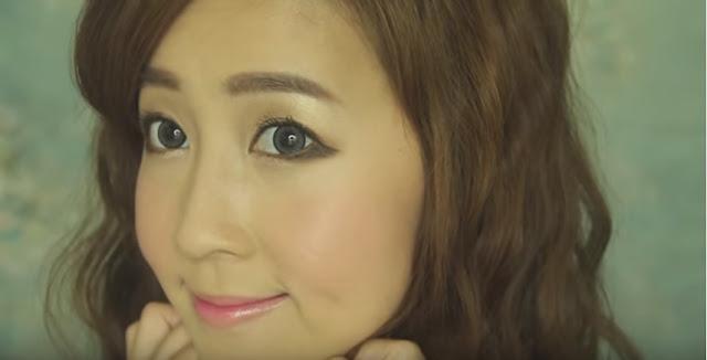 Puppy Eyes é tendencias das asiáticas. É um delineado feito para baixo