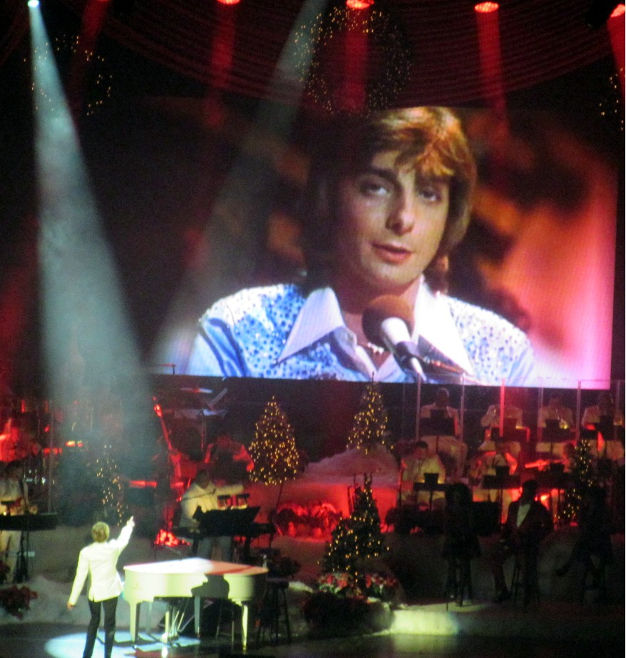 Seth Saith: Merry Manilow: \'A Very Barry Christmas\' Proves a Ho-Ho ...