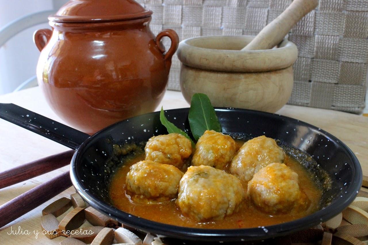 Albóndigas de carne en salsa española. Julia y sus recetas
