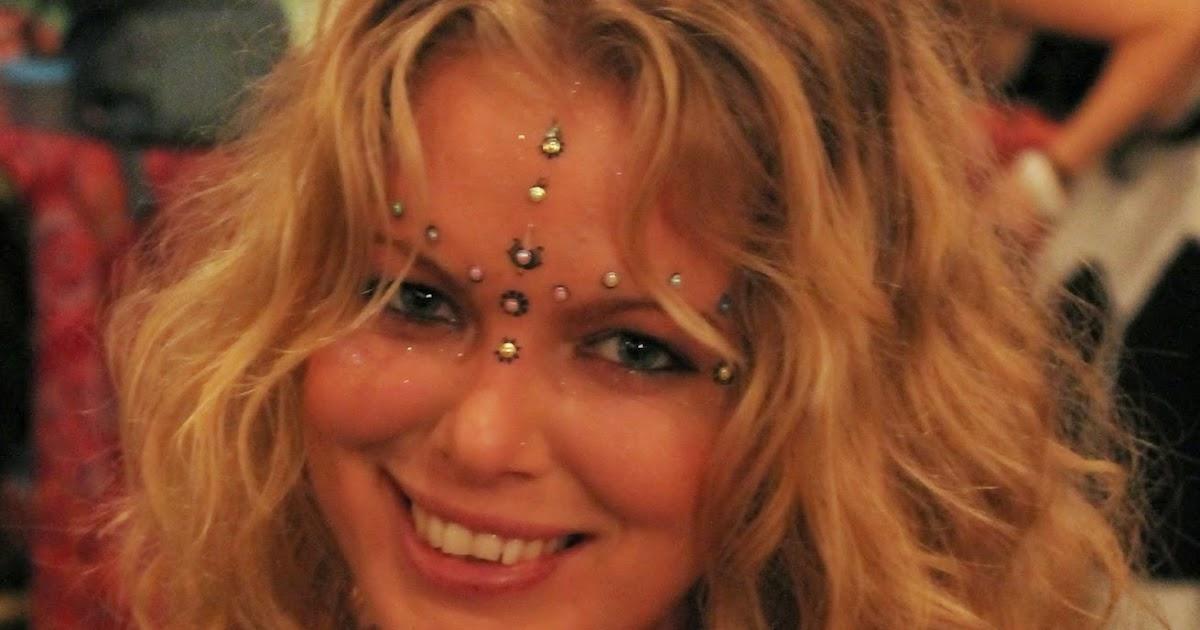 escort kristianstad homo escort massage stockholm