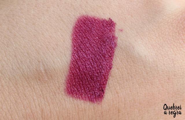 Batom líquido metalizado Bombastick cor Violet da Luxor