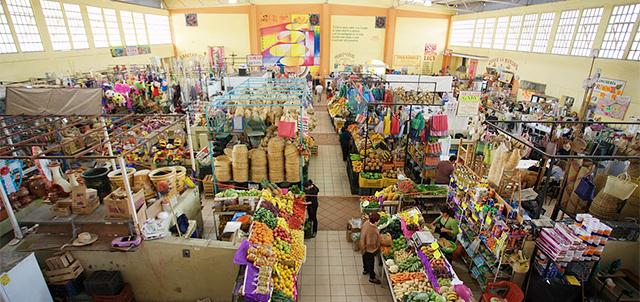 Mercado Álvaro Obregón, Colima