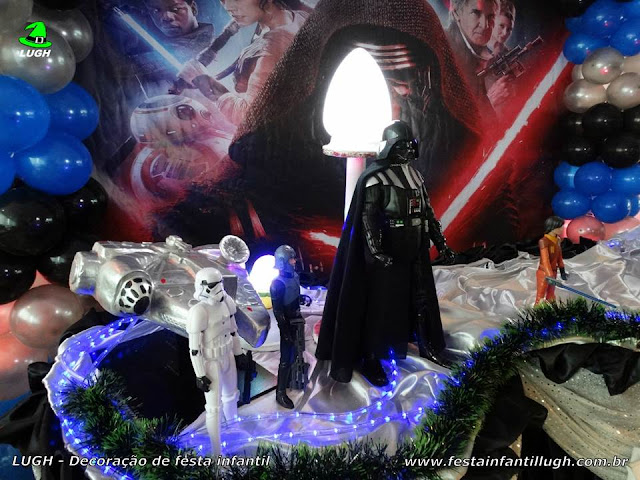 Mesa decorada infantil Star Wars