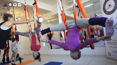 columpio yoga, pilates