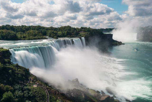 Tahukah anda yang Niagara Falls pernah dihentikan pengairannya pada tahun 1969?