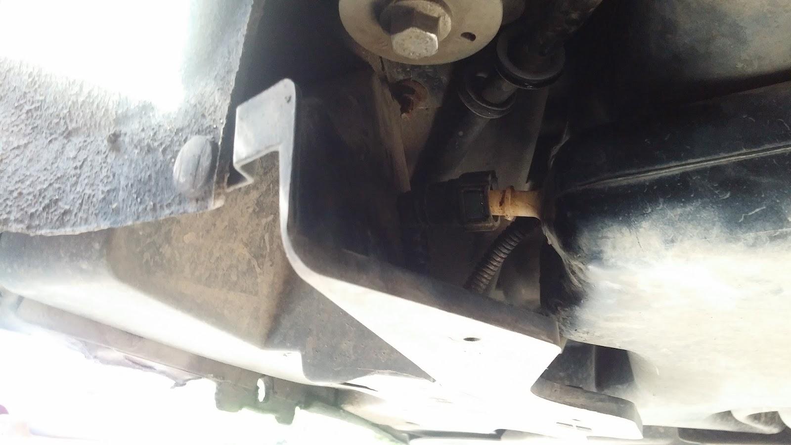 Topnotch Peugeot 407 Coupe: Uzupełnienie dodatku filtra cząstek stałych w JS55