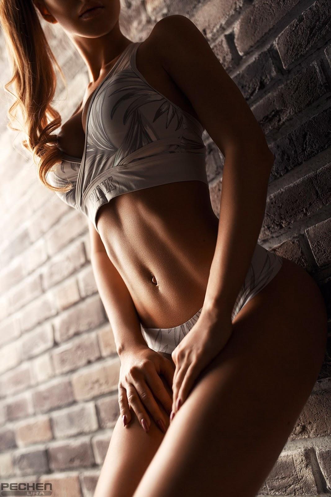 Тети ахеренная девушка тело супер пышка
