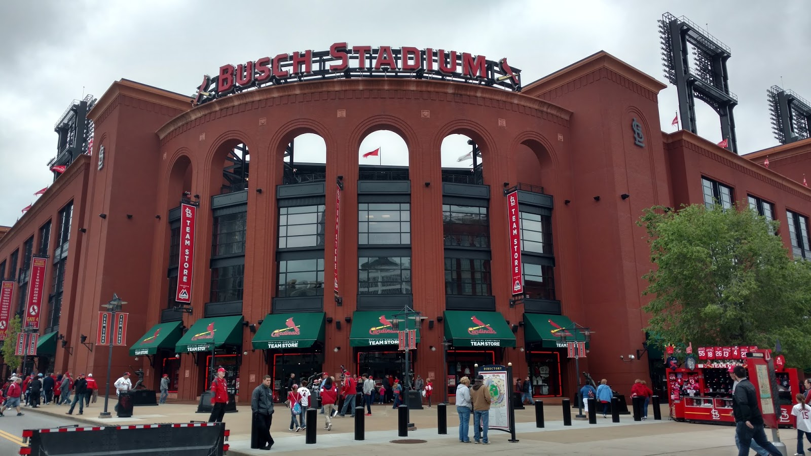 new concept ca574 7d9fb Sports Road Trips: Toronto Blue Jays at St. Louis Cardinals ...