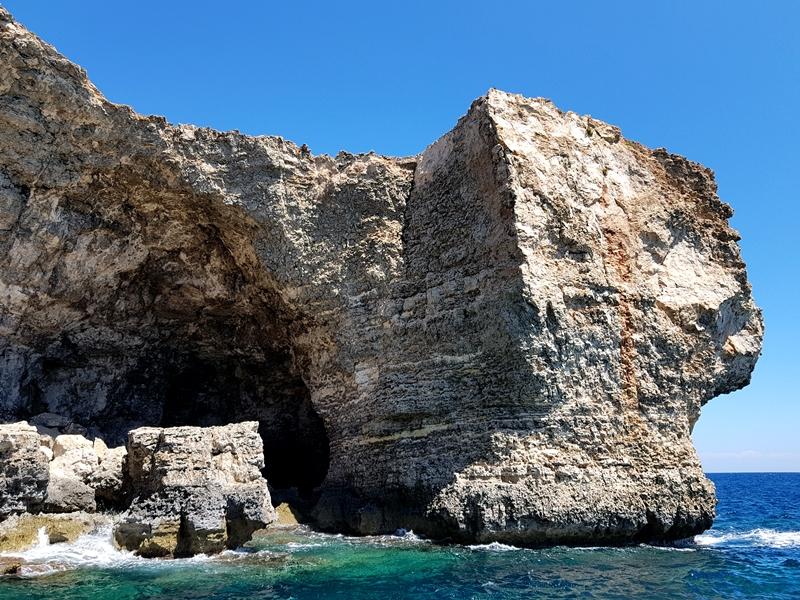 Malta, Wakacje, zakreecona. pl, zakreecona, podróże, Włochy, Sycylia, Bari, kręcone włosy, kapelusz, lato, Apulia, travel, Matera, Polignano a Mare, Alberobello, Valetta