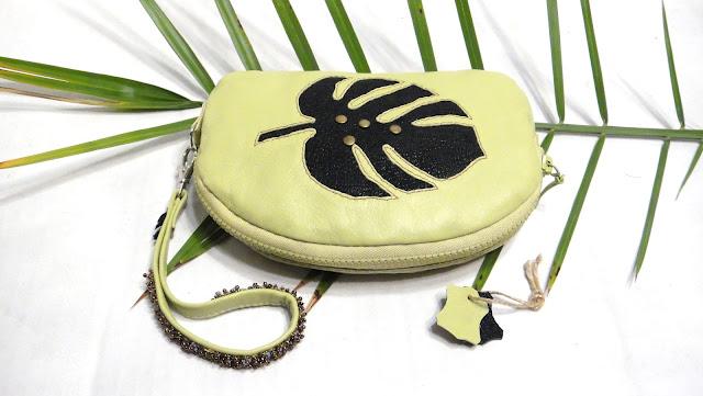 Женская сумочка барсетка на молнии Тропический принт, натуральная кожа, ручная работа