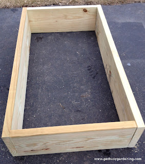 Wood raised garden bed