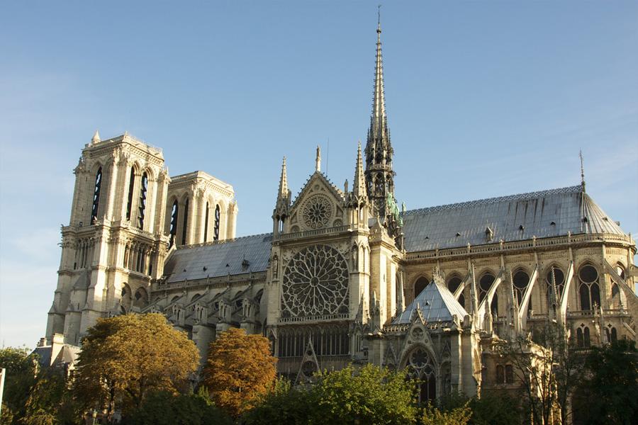 Notre Dame en París, Francia