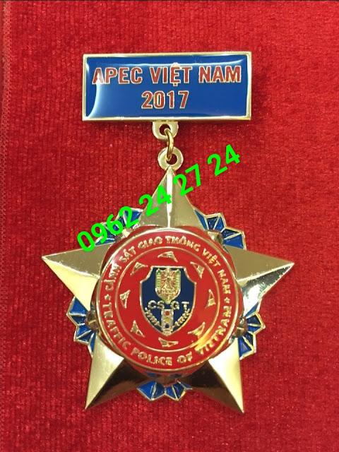 Sản xuất logo công ty, huy hiệu cài áo, ve cài áo, biển trống tên đeo áo, bán huân chương