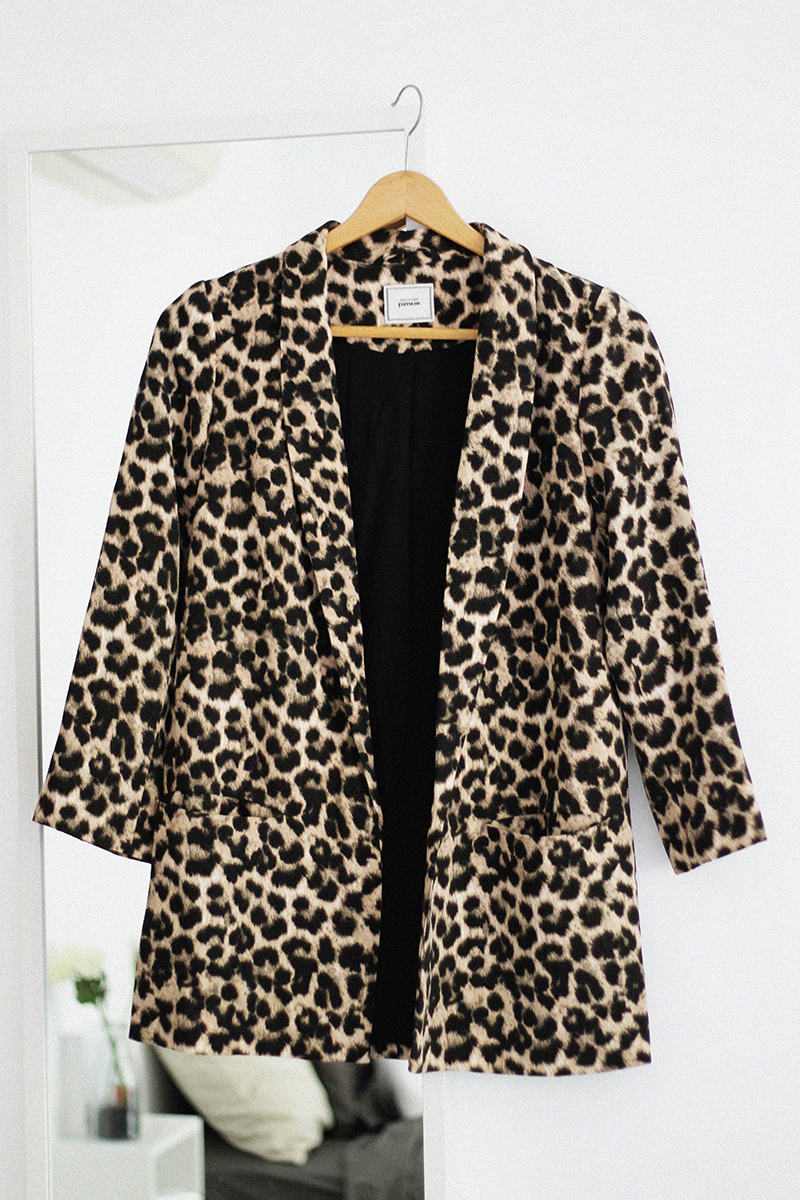 New In | Leopard Blazer