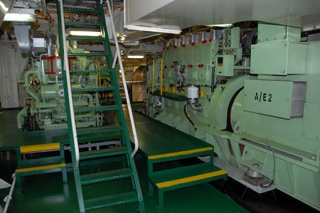 SHIP SKILLS: 20 Most Likely Causes for Reduction in Ship's Auxiliary Engine Performance