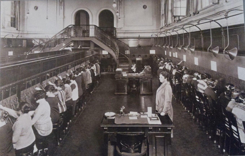 Centrala telefoniczna w Warszawie, 1927 r.