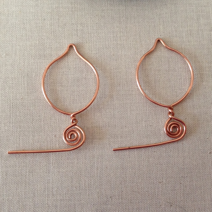 Free Earring Tutorial from my most popular Pinterest Pin - Lisa Yang's Jewelry Blog