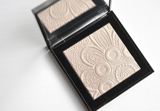 MAKEUP | Burberry Spring/Summer 2016 Runway Palette in No.2 Nude Gold