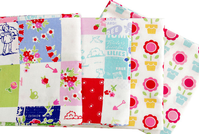 Pam Kitty Garden - Patchwork Cheater and Potted Blooms | Red Pepper Quilts