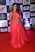 Poonma Bajwa at Mirchi Music Awards-thumbnail-3