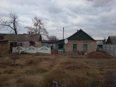 Продажа дома и участка земли 10 соток в Марьяновке по ул. Брянской