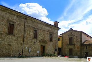Piazza Ospedale - Chiesa San Barnaba - Prato