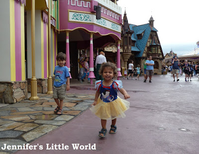 Small child at Disneyworld
