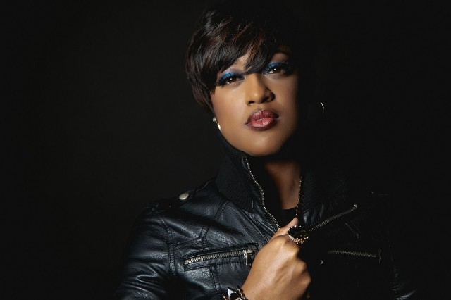 VÍDEO - Rapsody – Crown