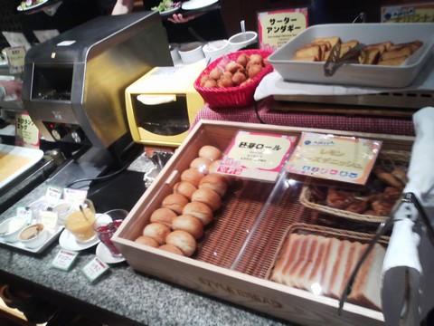 ビュッフェコーナー:パン1 AlettA(アレッタ)ロコアナハ店