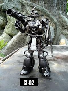 Robot hecho con acero reciclado
