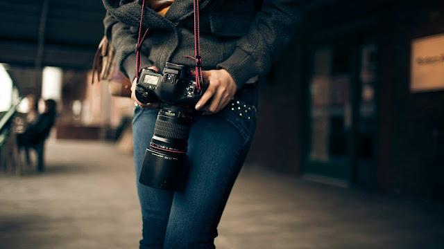 Buy Cameras Online in Delhi