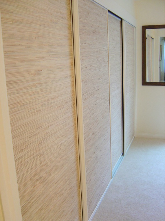 California Livin Home: OUR LITTLE REMODEL - MIRRORED CLOSET DOORS