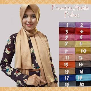 Hijab Pashmina Satin Polos Silk