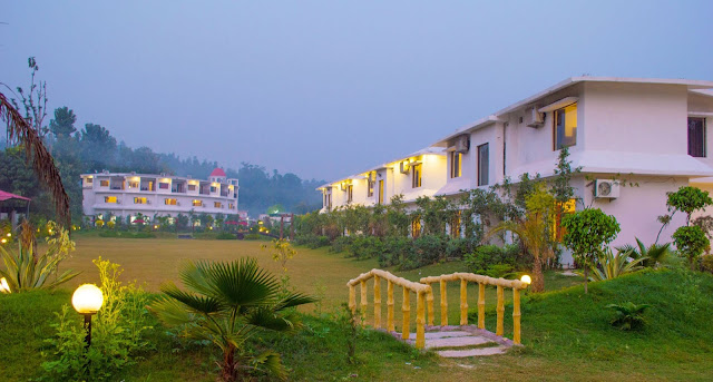cheap hotel booking Jim corbett