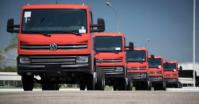 VW Delivery 13.180 chega ao mercado e completa linha de caminhões