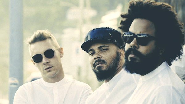 "Major Lazer com novidades! Confira o clipe do novo single ""Night Riders"" + Releitura clipe de ""Light it up"""